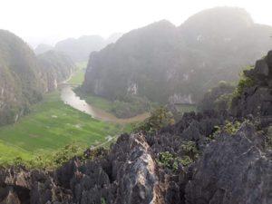 Photo paysage rocheux et riviere Voyage à l'étranger
